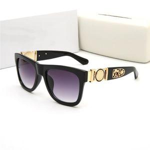 Mode luxe 426-2 nouvelle marque design rond classique Lion tête de lion de style reine lunettes de soleil UV400 métal hommes femmes lunettes de soleil