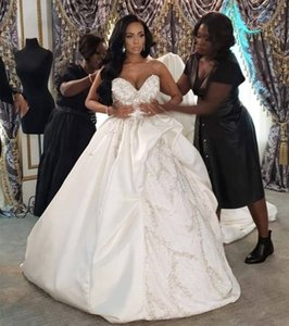 2021 Africa Wedding Dresses Satin A-line For Bride Sweet-heart Arabic Middle East Church Nigerian Wedding Gown Court Train Beads Crystals
