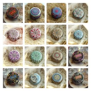 chaud Fleur de thé Case Bougeoir Métal Originalité Multicolor Bonbonnière Cérémonie de mariage cadeaux boîte d'étain de stockage T2I51663
