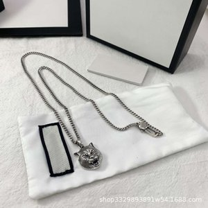 Collana Gujia S925 Sterling Silver prepotente modo della collana del Black Tiger testa pendente a lungo gli uomini e la catena dello stesso stile donne maglione