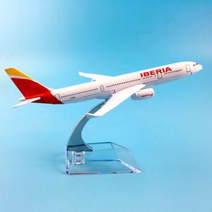 Aereo Spagna Iberia Airlines A330 Aircraft Diecast metallo aeromodelli 16 centimetri 1: 400 Aereo giocattolo regalo LJ200930