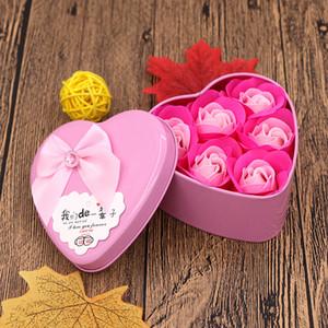 Sevgililer Günü Lover Gül Çiçekler Gül Buketi ile Teddy Bear Doğum Günü Hediyesi Metal Paketi Uçucu Yağ Sabunu Çiçe GWE4188