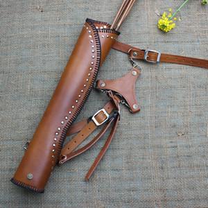 Borsa tradizionale della freccia della freccia di fiocco a tre punte Inclinato della bacchetta di vacchetta della bacchetta del cagnolino per la sparatoria all'aperto Attrezzature per la pellicola e dei puntelli della televisione