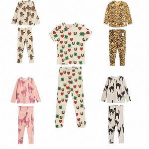 I bambini che coprono insieme 2020 di autunno della molla MR StRafina delle ragazze dei ragazzi della maglietta del bambino dei pantaloni del leopardo Animali Top Tee ghette dei bambini vestiti 7591 #