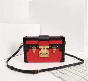 Venta al por mayor Bolsos de hombro Lujitadores Diseñadores Bolsos Caja Estilo Diseño Mujer Messenger Bag High Calidad Pequeña Bolsa Cuadrada Bolsa de noche