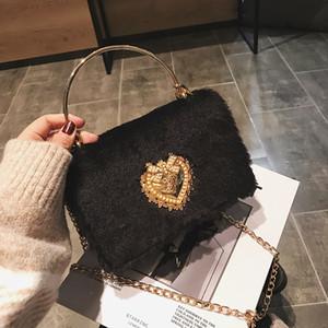 Retro catena frizione Borsa per pelliccia della catena della frizione 2020 Designer di lusso Inverno Soft Warm Messenger Bag Borsa a tracolla da donna Louis