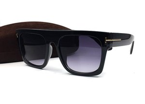 Lunettes de soleil carrée de la conduite de haute qualité pour hommes Femmes lunettes de lunettes de lunettes de soleil mode extérieur UV400 lunettes de soleil Lunettes avec boîte