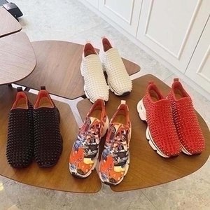 Moda Red Bottom Hombres Mujeres Espigas Casuales Remaches Rhinestone Zapatos Vestido Partido Pelotas Zapatillas Sneakers Chaussures De Sport Nm2