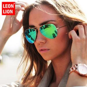 Lunettes de soleil Mirror de Léonlion 2020 Femmes / Hommes Marque Designer Luxe Sun Lunettes Femmes Vintage Conduite en plein air Oculos de Sol