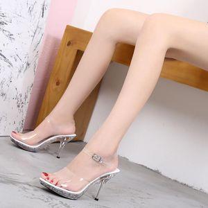 Voesnees NewTransparente Kristall High-Heeled Weibliche Sandalen Professionelle Schuhe Frauen Rutschfeste Untere Mode Sexy Damen Hausschuhe