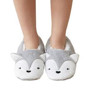 Household slippers 100% acrylic warm winter knitted fuzzy slippers women socks