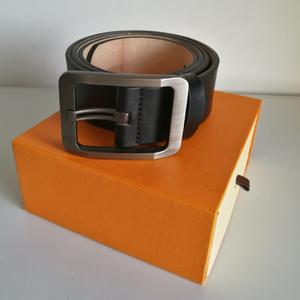Neue Art und Weise Mens-Geschäfts-Gürtel Snake schwarz und braun Ceinture Automatische Buckle Echtes Leder Gürtel für Männer Taillengürtel für Frauen