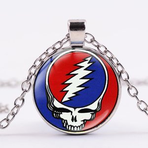 Группа ожерелье Grateful Dead Мода Радуга Череп Рок-н-ролл Music Theme Подвеска стекла Купола Long Chain готические ювелирные изделия