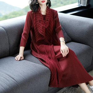 Women Pleated Dress Fake Two Loose Big Size Dresses Autumn 2020 New Mesh Embroidered Dress
