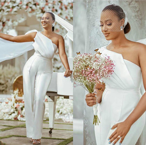 2021 Elegant White One Shoulder Formal Mariage Jumpsuits Evening Dresses Ruched Simple Satin Pant Suits Women Prom Party Wear Custom Made