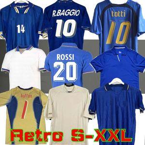 1998 1982 الرجعية 1990 1996 كرة القدم كرة القدم جيرسي مالديني Baggio Rossi Schillaci Totti del Piero 2006 Pirlo Inzaghi Buffon 2000 Cannavaro
