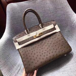 Whosale Completamente fatto a mano Real Ostrich Design Skin Design Handbag30cm Filo di cera, ha un hardware sia oro che argento, contattami per i dettagli