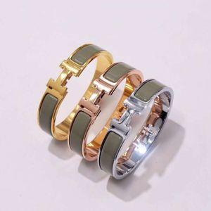 Classic luxury stainless steel designer enamel bracelet Christmas gift unisex H letter free exquisite gift box