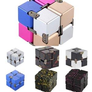 FKT1D Special 2 di 2 Rubik's Decompression Finger Punta Suggerimento Cubo Infinito Cube Cubo Elettroplate Metallo Rubik Novità Giocattolo Gyro Lega di alluminio