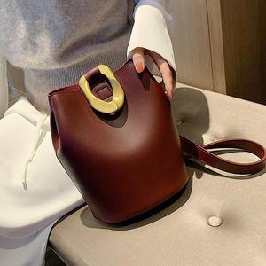 Vintage Fashion Female Tote Bucket Bag 2020 New High Quality PU Leather Women's Handbag Lock Shoulder Messenger Bag