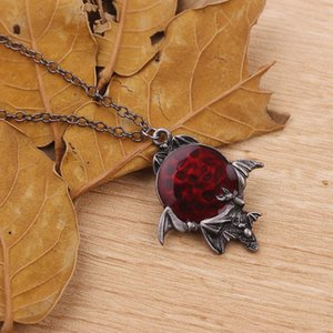 2019 New Punk Halloween Spider Bat Necklace Women High Quality Alloy Rhinestones Necklace Pendants Men Jewelry Gifts
