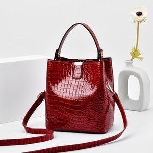 Brand Bucket Женская сумка 2021 Новый Crocodile Pattern PU Женская Ведро Сумка Мода Простой Одиночный Посланник