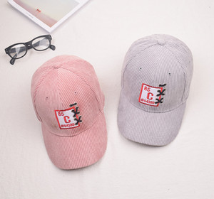 A2 New corduroy baseball cap for men women in autumn and winter