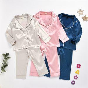 Pigiami a maniche lunghe per bambini Set Pure Color Kids Fashion Sleepwearweart Camicia Pantaloni Primavera e autunno Due pezzi 21 5QX J2