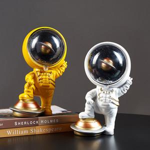 Astronaute modèle Figurines moderne Décoration Accessoires pour Salon Spaceman Statue Décor Cadeau de Noël