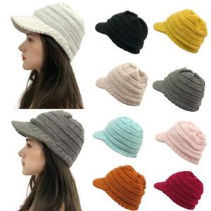 einfache Strickmütze Winter warme Frauen-fest Stitching Außen Plüsch Hüte Crochet Strickmütze Cap Peaked