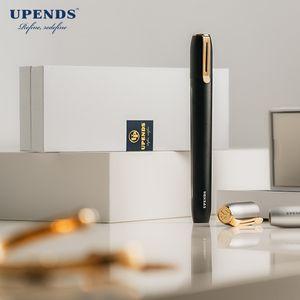 Stylos de Vape Uppen Vapes de cigarettes électriques Uppen Kit de démarrage, conception de capuchon anti-poussière, conception anti-fuite avec pod rechargeable de 2 ml