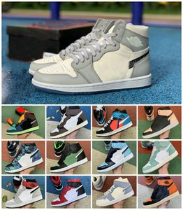 2020 Jumpman 1 dell'Unione Nero Toe 1s Travis Scotts Mens Basketball Shoes Designer raso Snake Mid Grigio fumo bianco UNC Chicago Fearless Sneaker