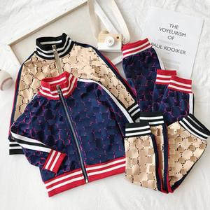 2019 Yeni Stil Çocuk Takım Elbise Bahar Sonbahar Erkek Kız Takım Elbise Çocuk Giysileri Rahat Bebek Kız Erkek Set Kostüm Ücretsiz Kargo 2-8 T