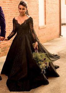 Vintage Black Wedding Dresses 2021 Appliques Lace Beads Bling Retro Gothic Wedding Gowns V Neck Long Sleeve Country Dress Vestidos de novia