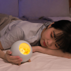 Hot cute little pet bluetooth speaker LED night light household holiday gift listening to children