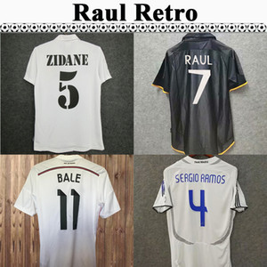 1997-2007 Raul Seedorf Raul Zidane Beckham Mens Retro Soccer Jerseys 2011-2018 R.Carlos Alonso Kaka 'Sergio Ramos Casa Away Camicie da calcio