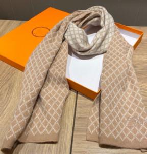 2020 FW Casual mode Foulard Nouveau luxe Plaid velours d'hiver Scarfs des femmes des hommes Fasion Silencieux cachemire Echarpes 20100704Q Foulard