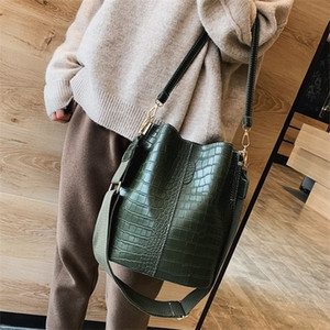 Vintage leather Stone Pattern Crossbody For Women 2021 New Shoulder Bag Fashion Handbags and Purses Bucket Bags Q1104
