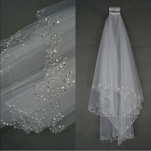 2021 Cheap Bling in stock luxury Wedding Veils Short Wedding Bridal Veil 2 Layer Handmade Crystal Beaded Bridal Accessories Veil White Ivory