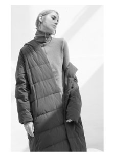 Thickened long down jacket women's long knees new winter burst loose winter clothes 201017