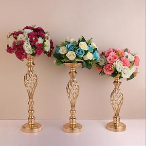 Golden Flower Vazolar Yaratıcı Hollow Altın Metal Mumluklar Düğün Yolu Tablo Çiçek Ev ve Otel Vazolar Dekorasyon Lxl545 Raf Kurşun