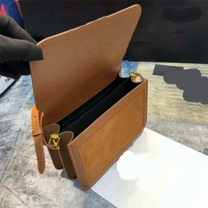 Обновлено New Luxurys Crossbody Сумки замша Шищеные Кожаные дизайнеры Сумки на плечо Сумки Золотая пряжка Аппаратное обеспечение Багет Длинный ремешок CRO EQLI