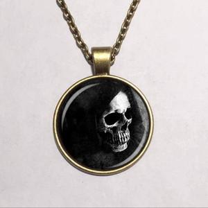Ciondolo in vetro Dome all'ingrosso scheletro Santa muerte ciondolo cabochon in vetro cranio collana di gioielli di Halloween