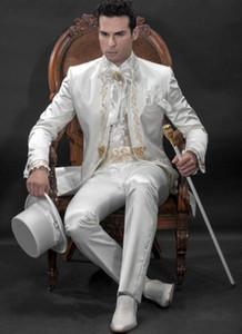 Custom Made Slim Fit Embroidery Groomsmen Tuxedos (Jacket+Pants+Vest) Groom Wedding Men Suit Set Prom Mens Suits Blazers