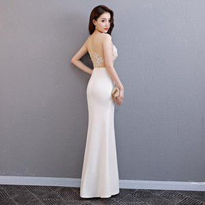 2020 Fashion White Mermaid Split Sexy Evening Dresses Long Women Sleeveless Halter Chinese Dress Oriental Wedding Gowns Host