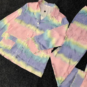Colorful Letter Stampa Donna Sleepwear Sleepwear Manica Lunga Seta Satinata Pigiama Sexy Ladies Home Abbigliamento Abbigliamento due pezzi