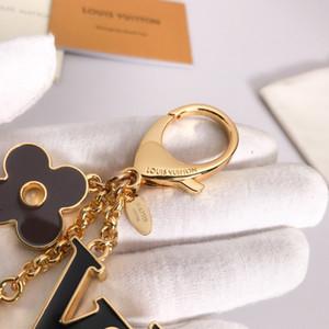 Schlüsselanhänger Luxurys 2020 Designer Schlüsselanhänger Mode Astronaut Anhänger Auto Keychain Männer mit Kasten-Frauen-Beutel-Charme-Anhänger-Zubehör für Geschenk