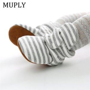 جوارب أحذية أطفال بوي فتاة الشريط القماش القطني الوليد طفل الأولى حمالات الجوارب القطنية الراحة لينة المضادة للانزلاق أحذية الرضع سرير Y201001