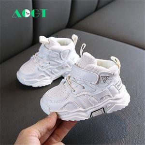AOGT 2020 Sonbahar Bebek Kız Erkek Yürüyor Ayakkabı Bebek Casual Yürütüler Ayakkabı Yumuşak Alt Rahat Çocuk Sneakers Siyah Beyaz C0929