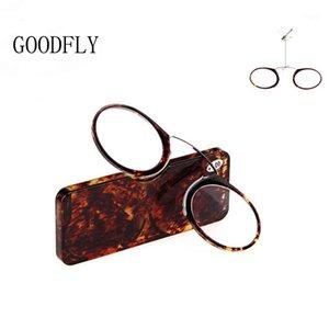 2020 Mini occhiali da lettura Occhiali da uomo Donne Nose Lettore clip Lettore Anti Blue Light Glasses TR90 Portafoglio portatile Presbyopic con case1